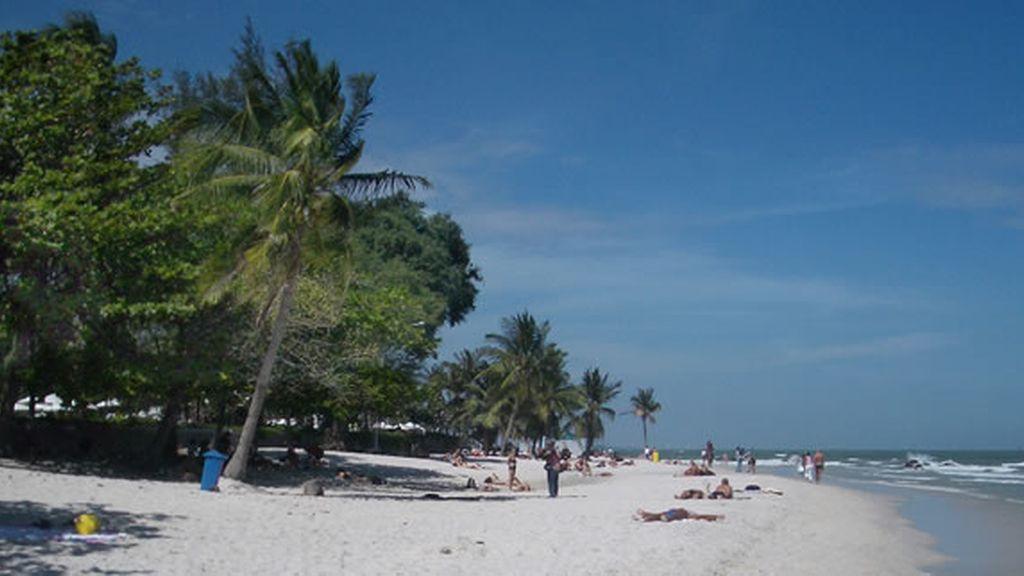 Once heridos al estallar dos bombas en un resort turístico de Tailandia