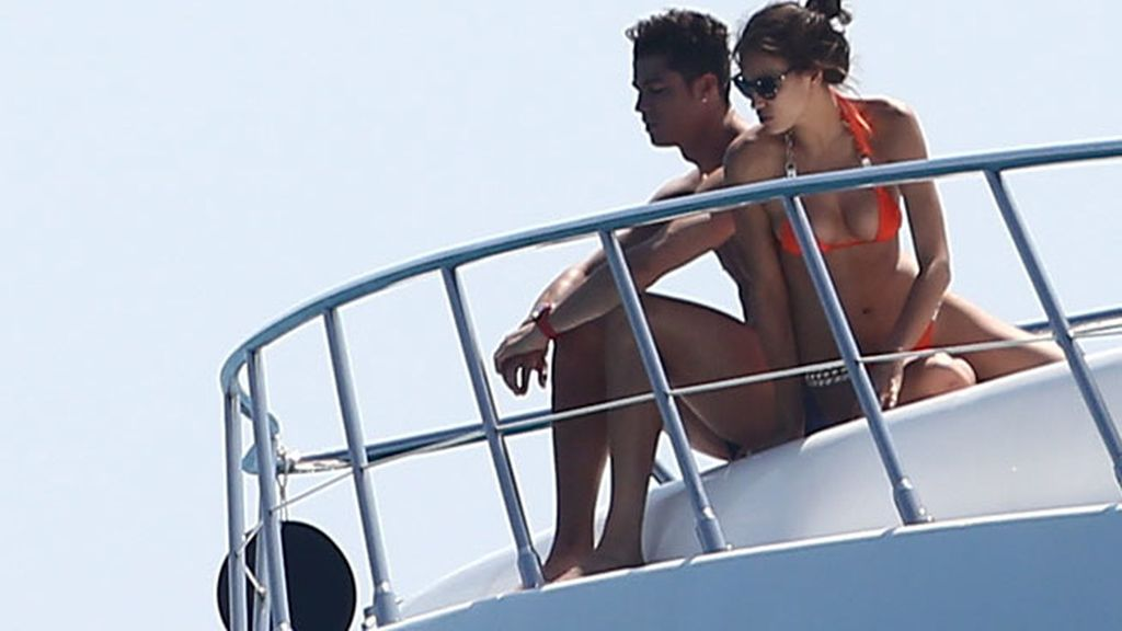 Cristiano Ronaldo,Irina Shayk,vacaciones,Saint-Tropez