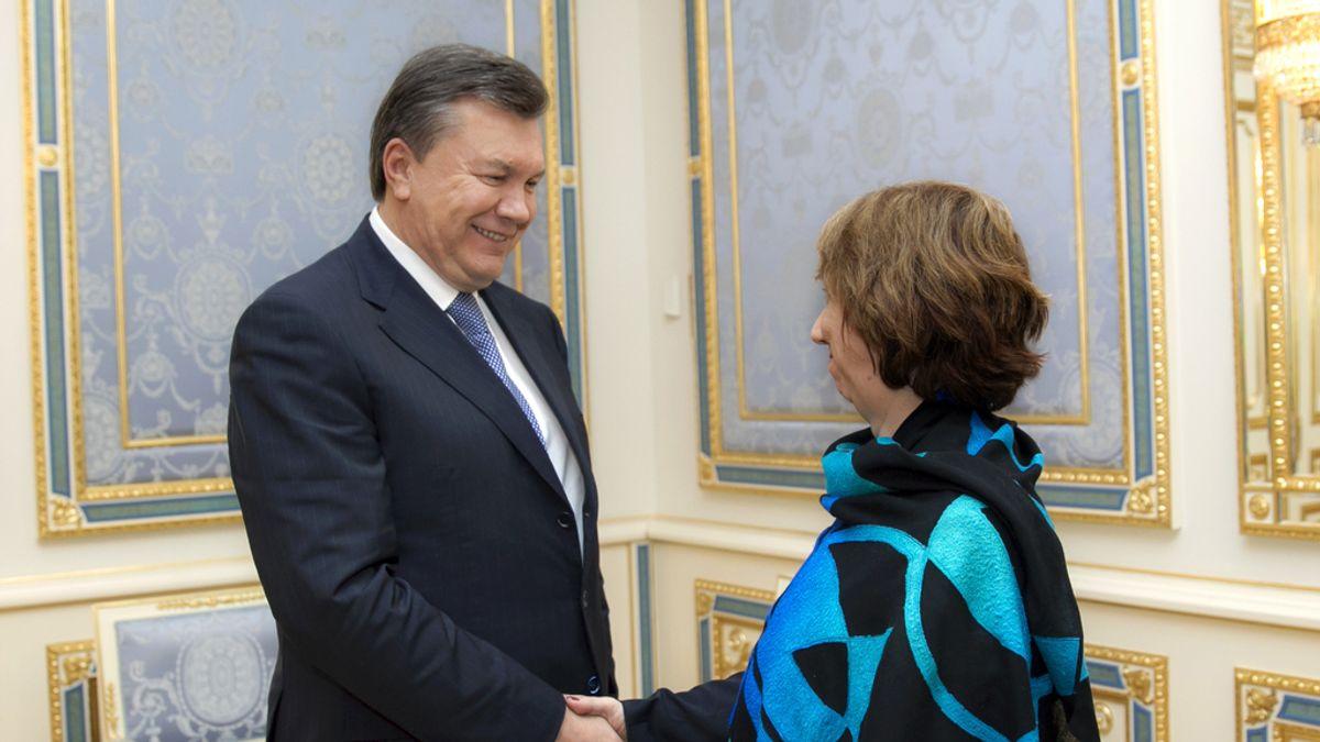 Yanukovich decreta amnistía para los detenidos durante las manifestaciones