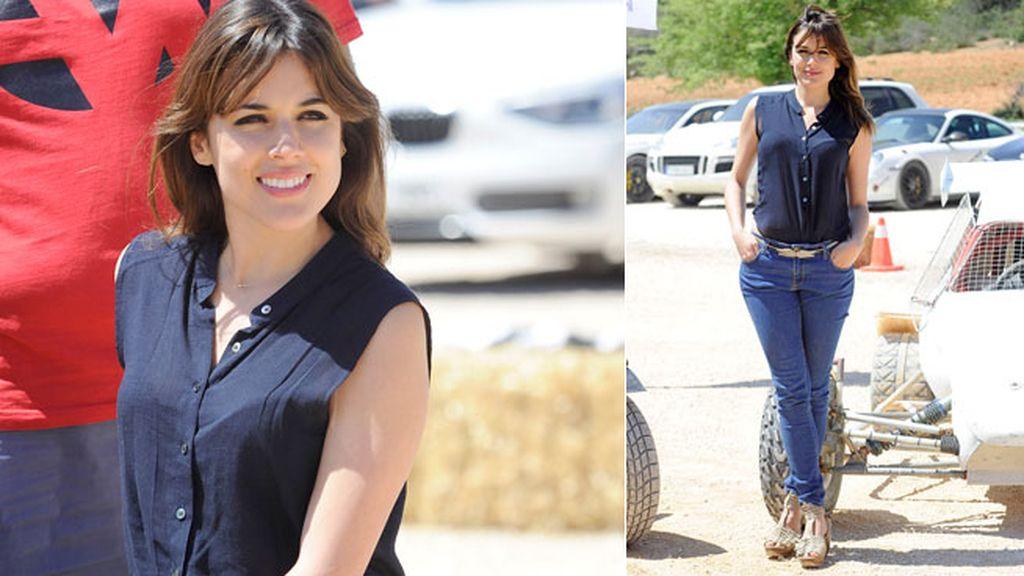 Adriana Ugarte eligió un look natural y favorecedor