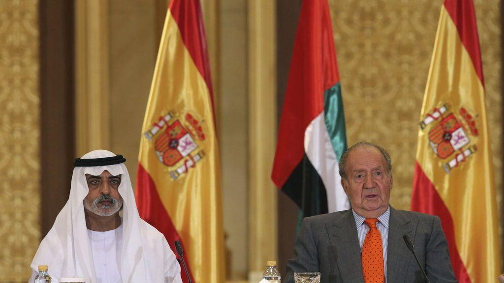 El Rey defiende en Emiratos que la economía española crece de nuevo