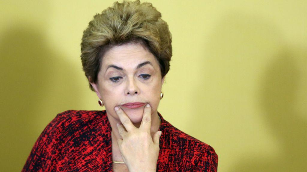 El presidente del Senado mantiene vivo el 'impeachment' contra Rousseff