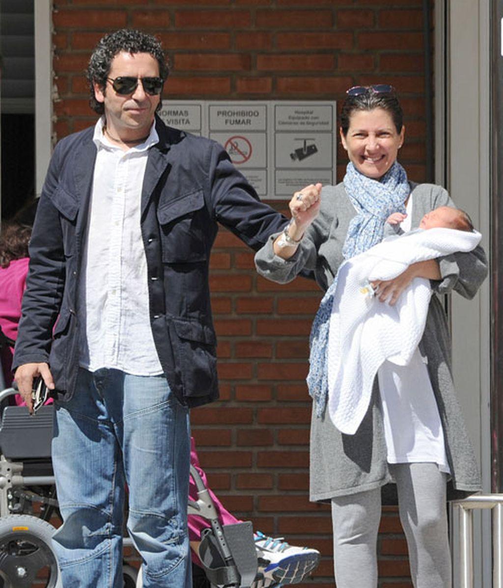 Sara Baras presenta a su bebé