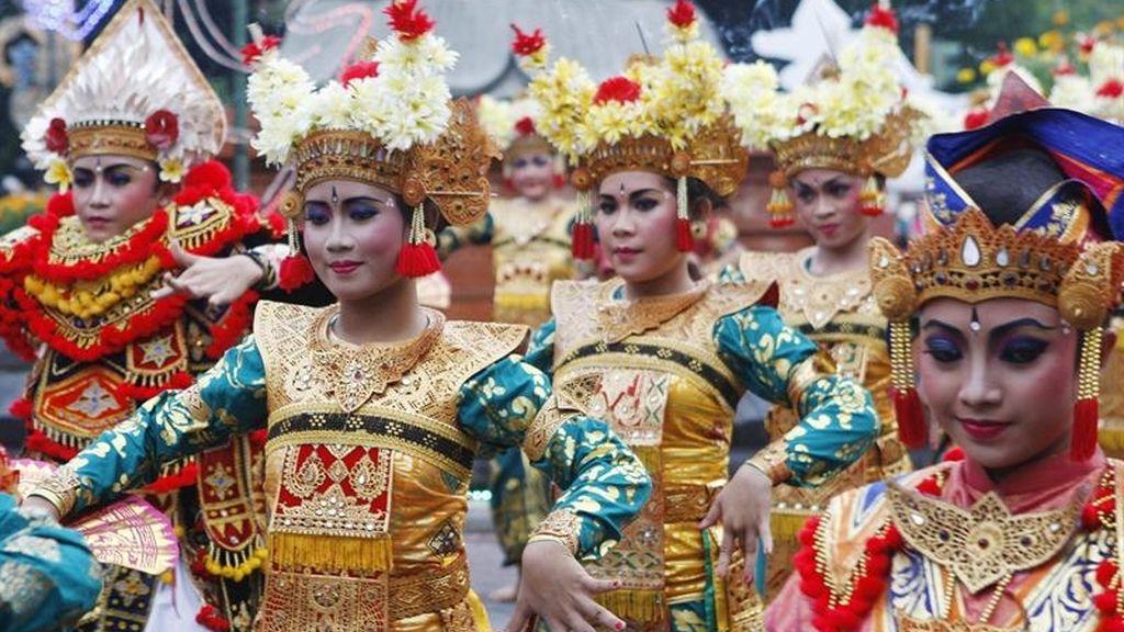 El desfile de Año Nuevo en Indonesia
