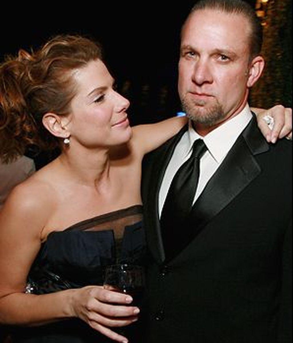 Jesse James y Sandra Bullock pocas semanas atrás cuando todavía eran una pareja feliz.