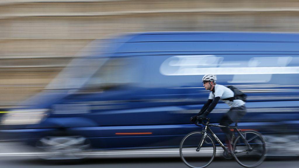 Acuerdo en el Congreso para reducir a 16 años la obligatoriedad del casco de la bici en la ciudad
