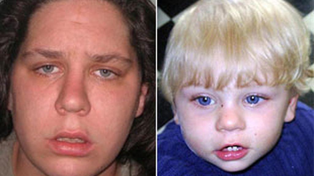 Imagen de Tracey Connelly tras ser condenada por la muerte de su hijo, identificado como 'Baby P'.