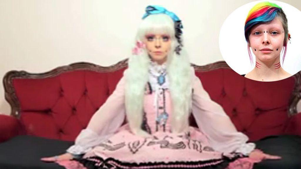 Katie Lawrence, muñeca humana, muñeca japonesa