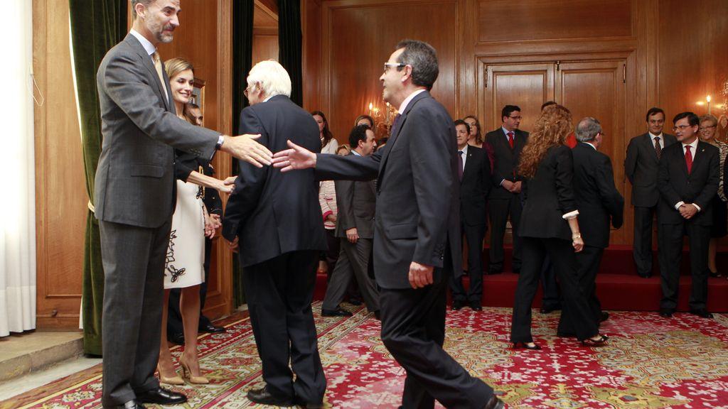 Los Reyes reciben a los galardonados con las Medallas de Asturias 2014