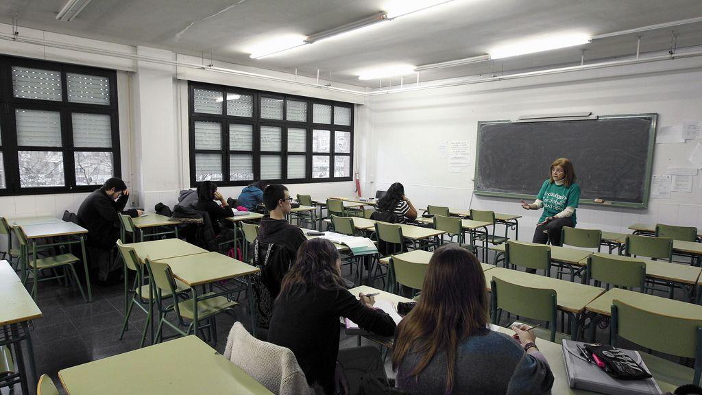 Aula casi vacía en Madrid en la segunda 'semana de lucha' contra la reforma educativa de Wert