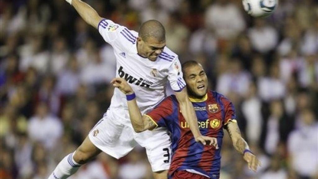 Pepe, al palo, tuvo la mejor ocasión del partido en el primer tiempo