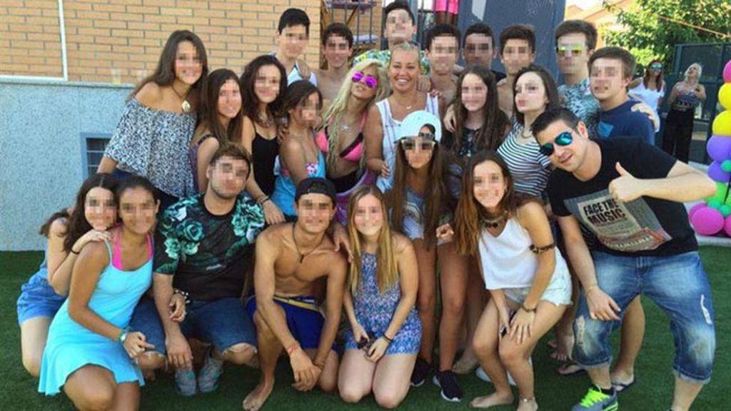 La hija de Belén Esteban organizó una fiesta en su chalet de Paracuellos