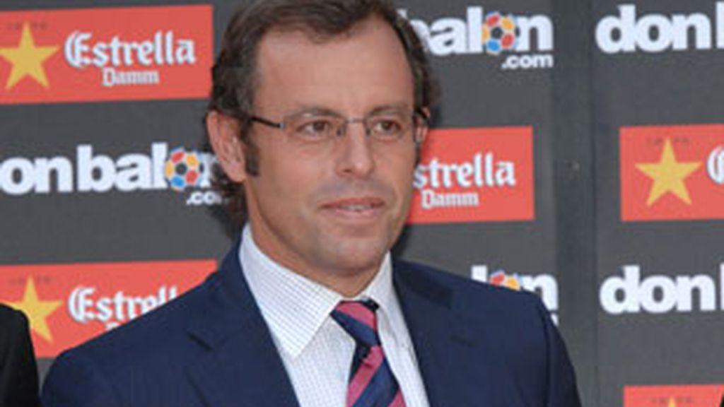 Sandro Rosell, con puño de hierro. Vídeo: Informativos Telecinco.