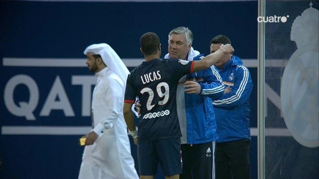 Ancelotti saluda a Lucas Moura