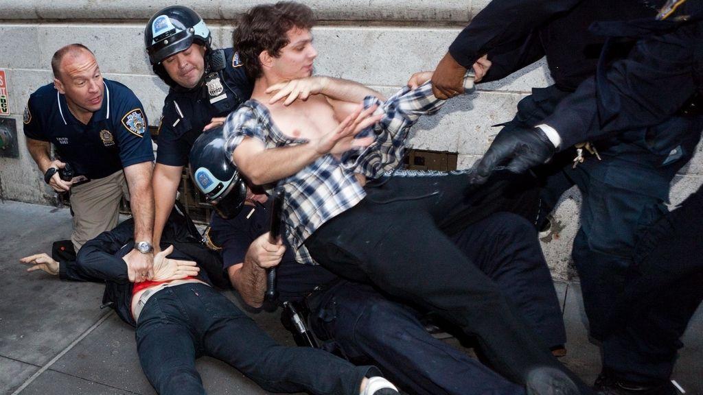 14 detenidos en Nueva York tras la suspensión del desalojo de 'indignados'