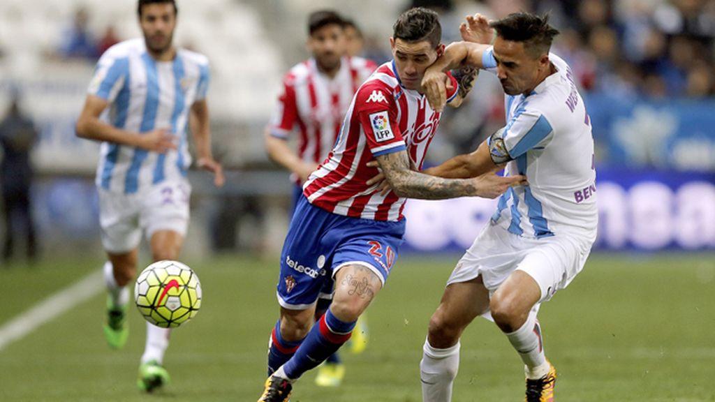 El Sporting sigue en problemas ante un Málaga lanzado