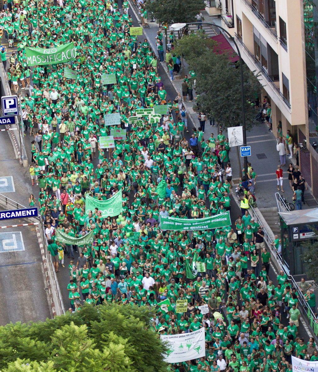 """Marea verde """"contra la imposición, defendamos la educación"""""""