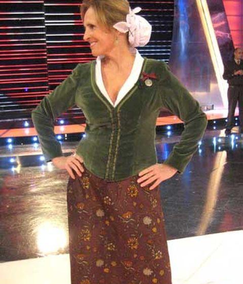 4be852c9b Con el traje tradicional Vasco