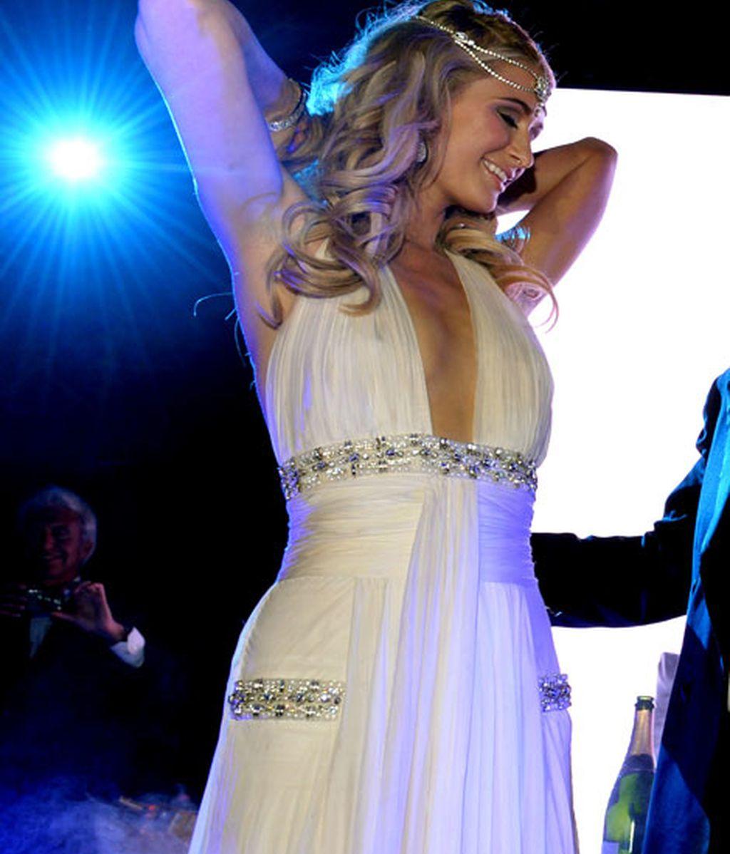 Paris Hilton bailó durante toda la fiesta