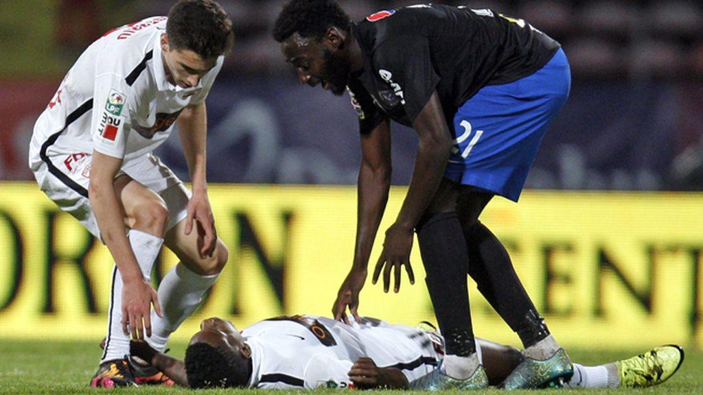 Fallece Patrick Ekeng, ex jugador del Córdoba, mientras disputaba un partido