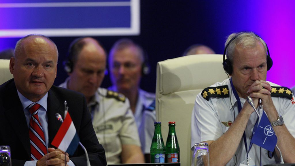 Hende Csaba, ministro Defensa de Hungría