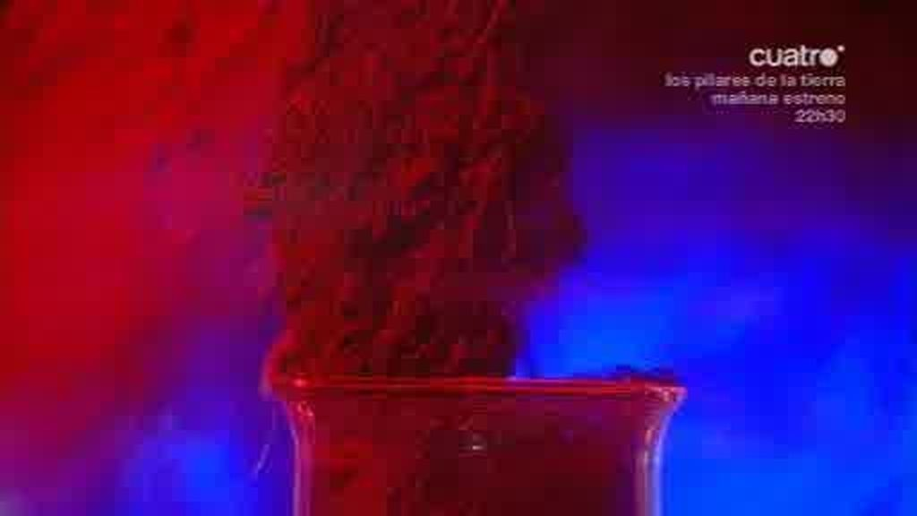 Marron muestra a Ricardo Gómez como son los volcanes bajo el agua