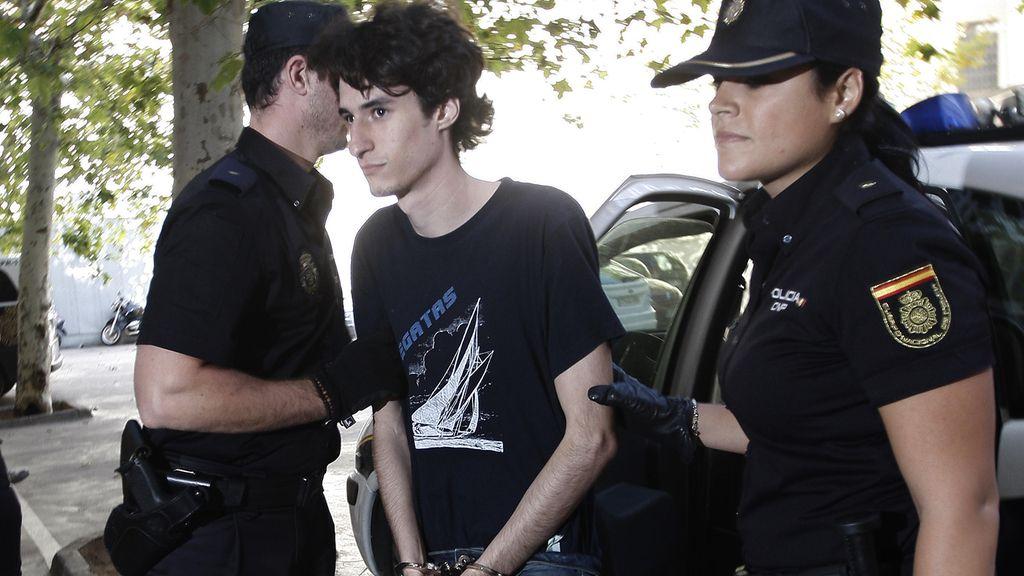 El imitador de Columbine anima a investigar otros delitos online