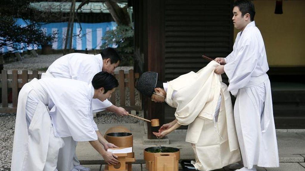 Ritual sintoísta para llegar al 2013 puro