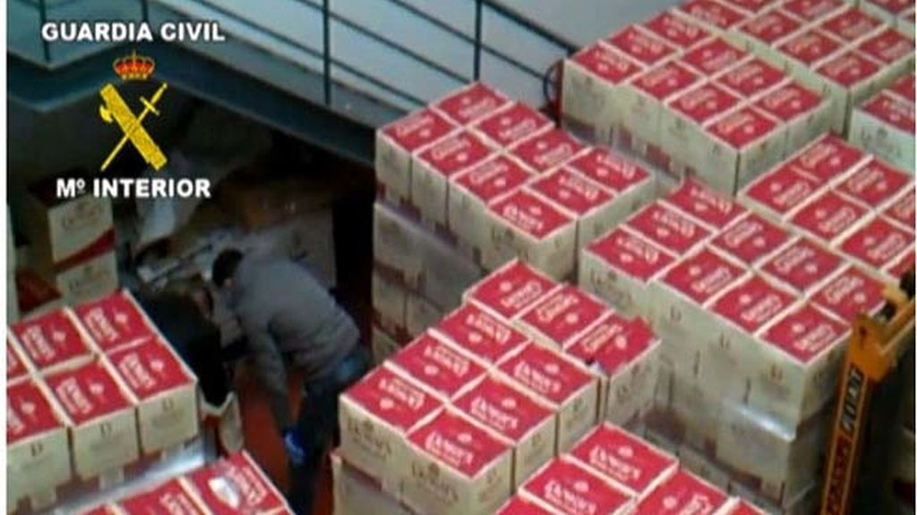 Ocho personas detenidas por robar 27.000 litros de whisky
