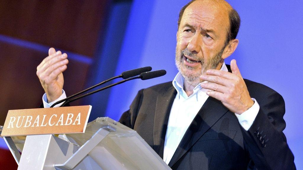 Pérez Rubalcaba, durante un mitin. EFE