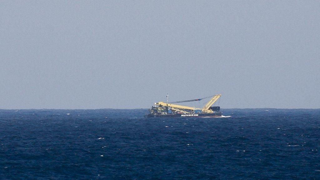 El remolcador que ha sido confundido con un avión