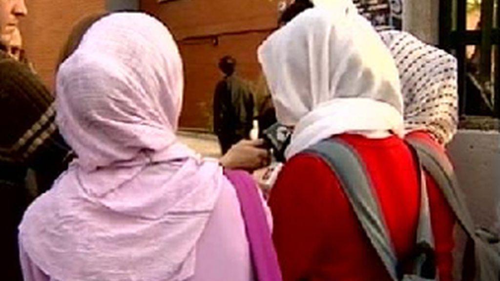 Galapagar prohíbe el burka