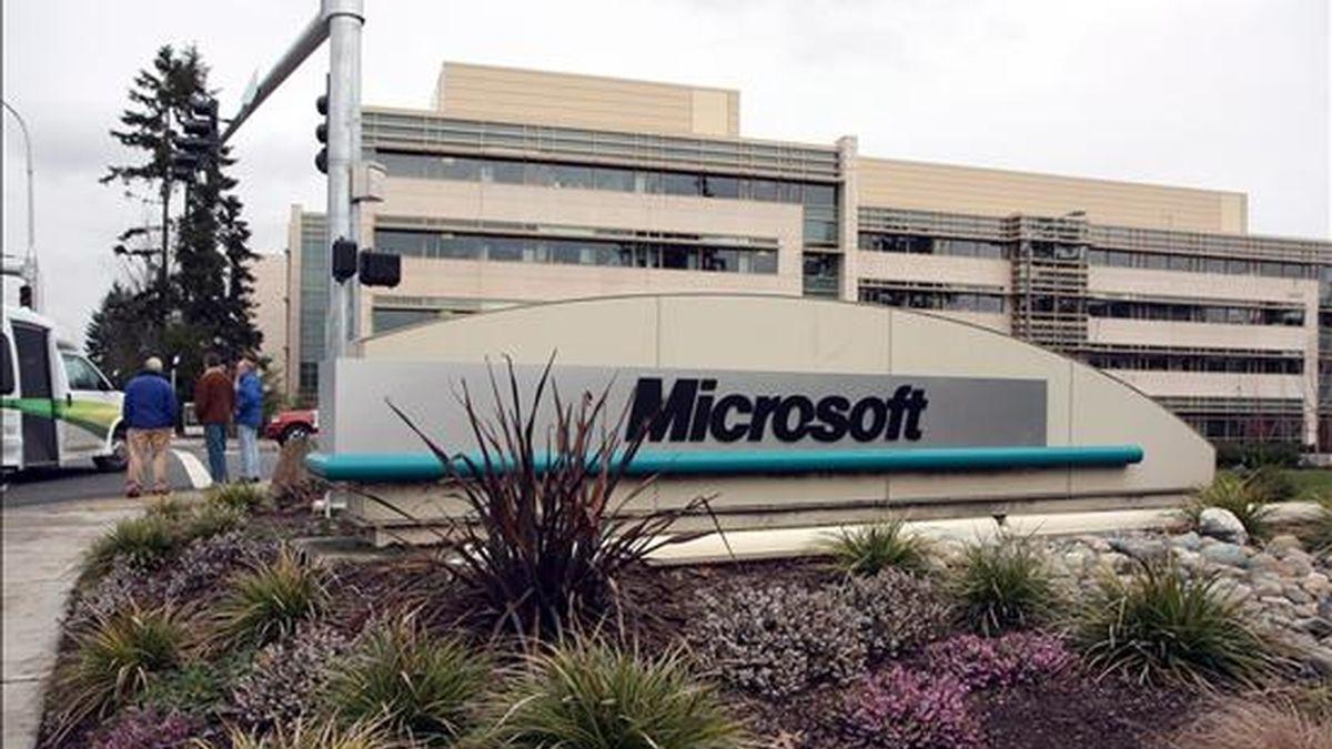 Para el gigante informático Microsoft esa alianza le permitiría competir mejor con Google, el buscador líder de la web. EFE/Archivo