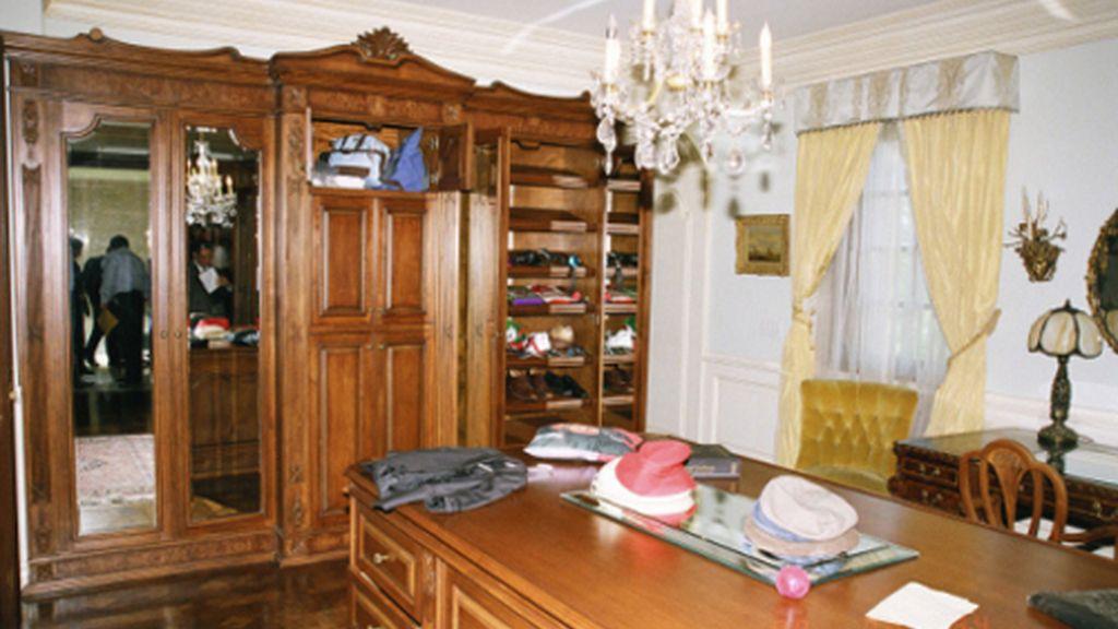 Publican las fotos de la habitación donde murió Michael Jackson