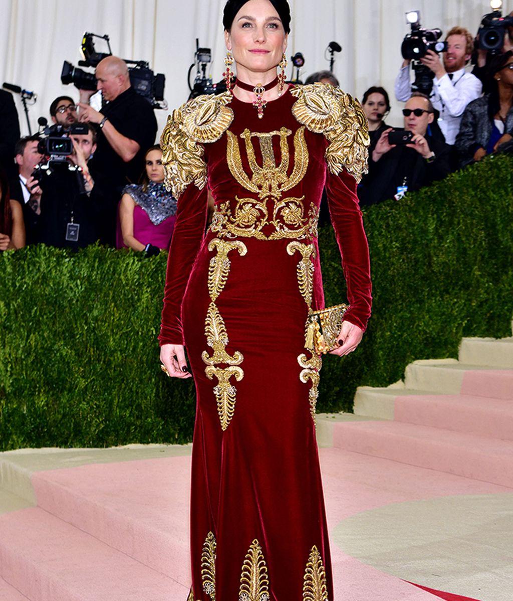 Tabitha Simons vestida de Dolce&Gabbana