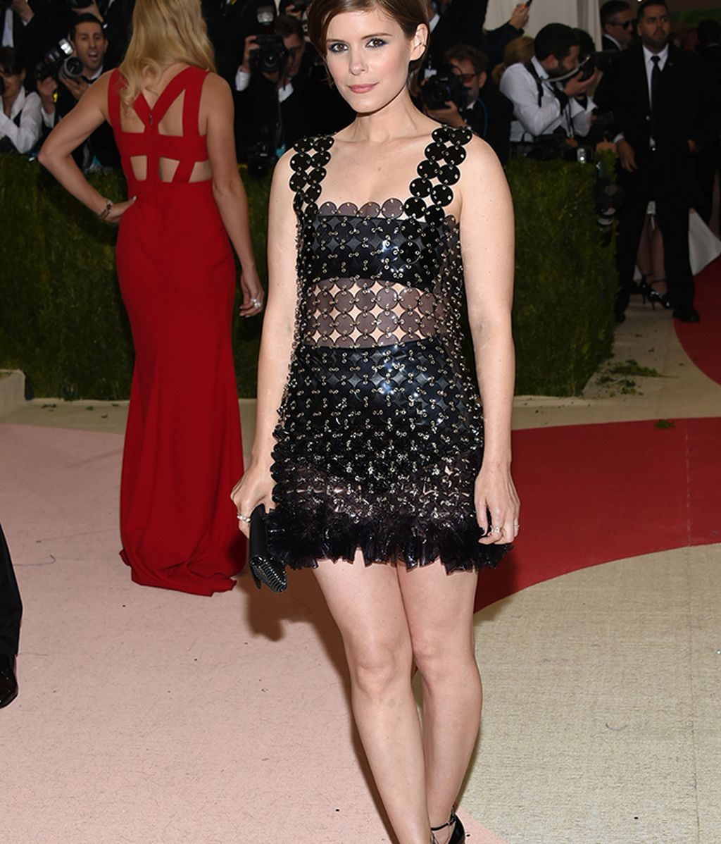 Kate Mara vestida de Paco Rabanne