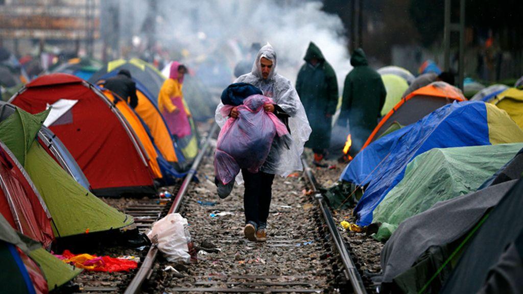 Europa abandona a su suerte a los refugiados del campamento griego de Idomeni