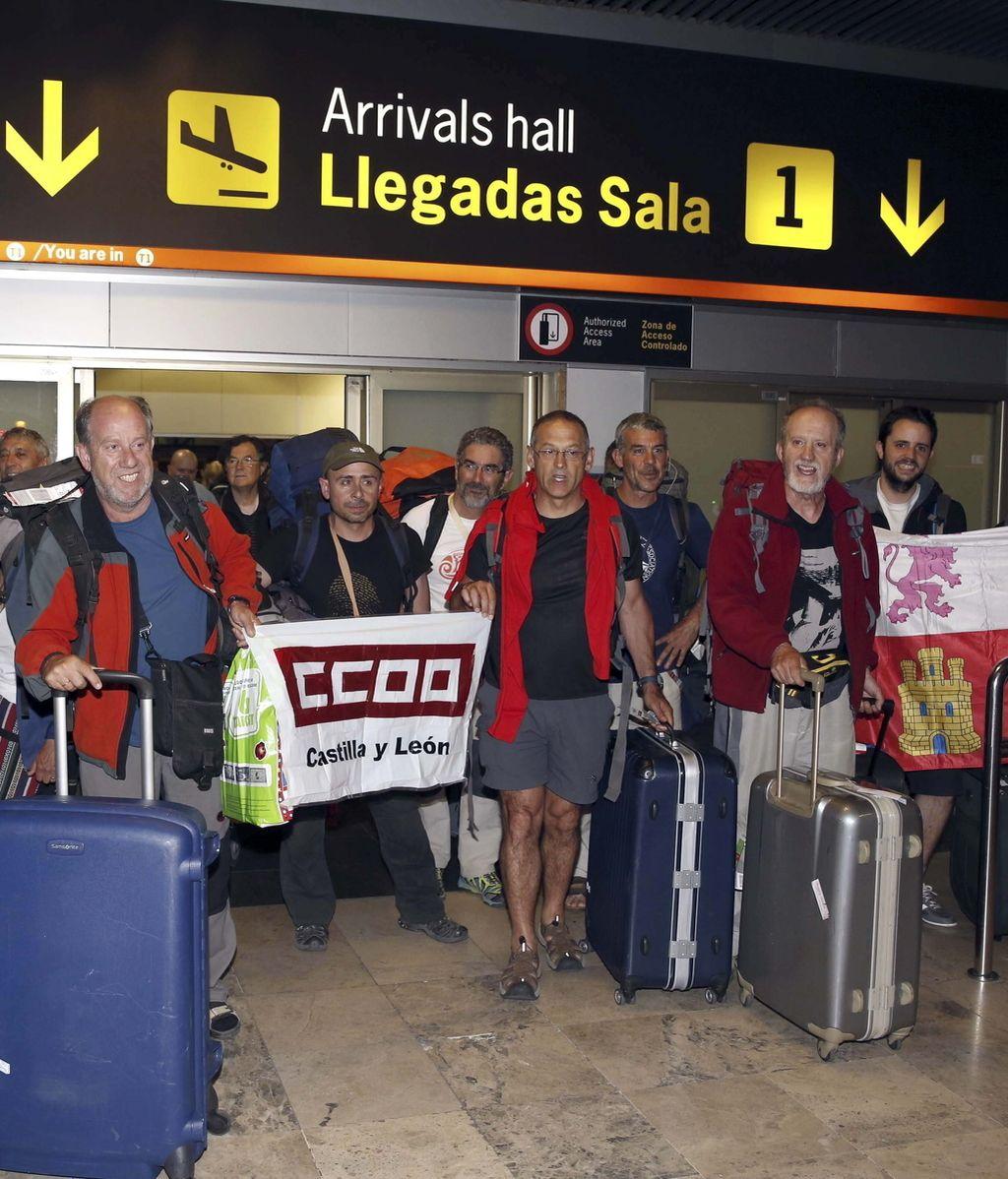 Regresan a España desde Katmandú 21 turistas de un viaje organizado por el ateneo de CCOO Castilla y León