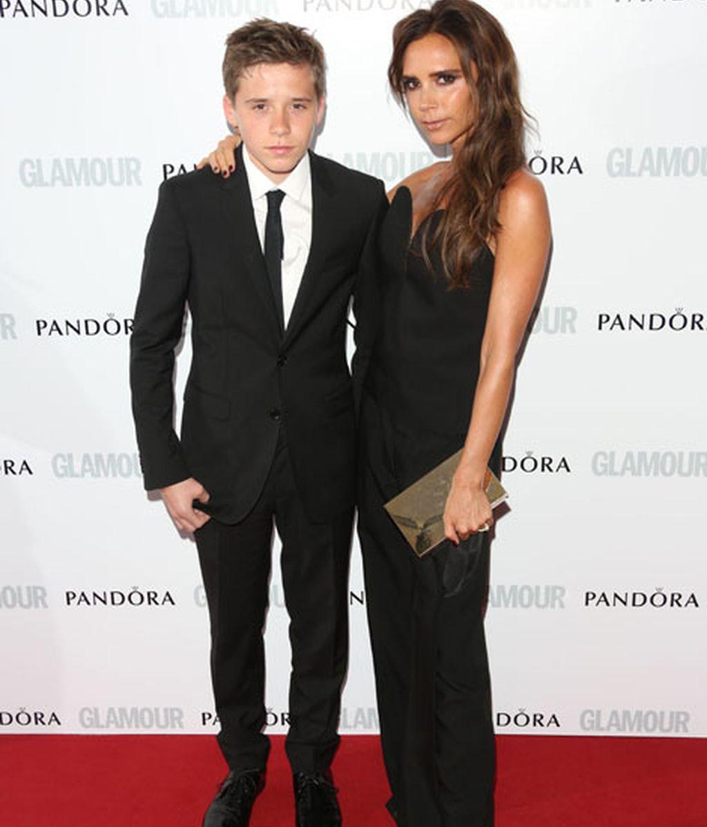 Brooklyn acudió en representación de su padre, David Beckham