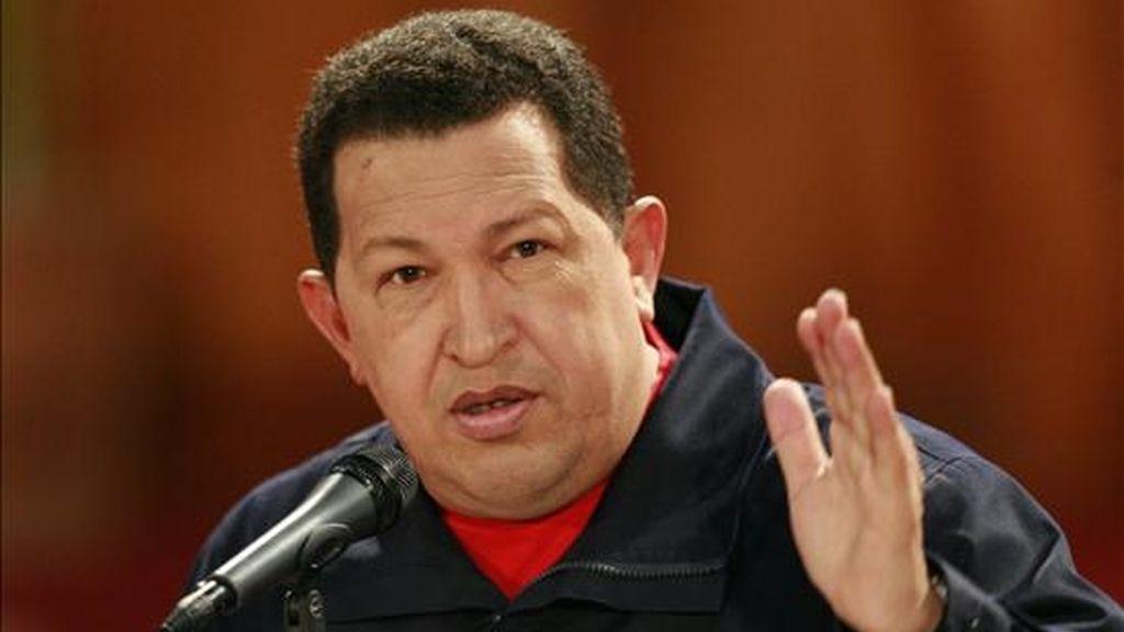 """El ministro venezolano de Información, Andrés Izarra, anunció que """"no habrá 'Aló Presidente'"""" porque el mandatario sigue """"atendiendo al pueblo afectado por la tragedia"""", informó la estatal Agencia Venezolana de Noticias (AVN). EFE/Archivo"""