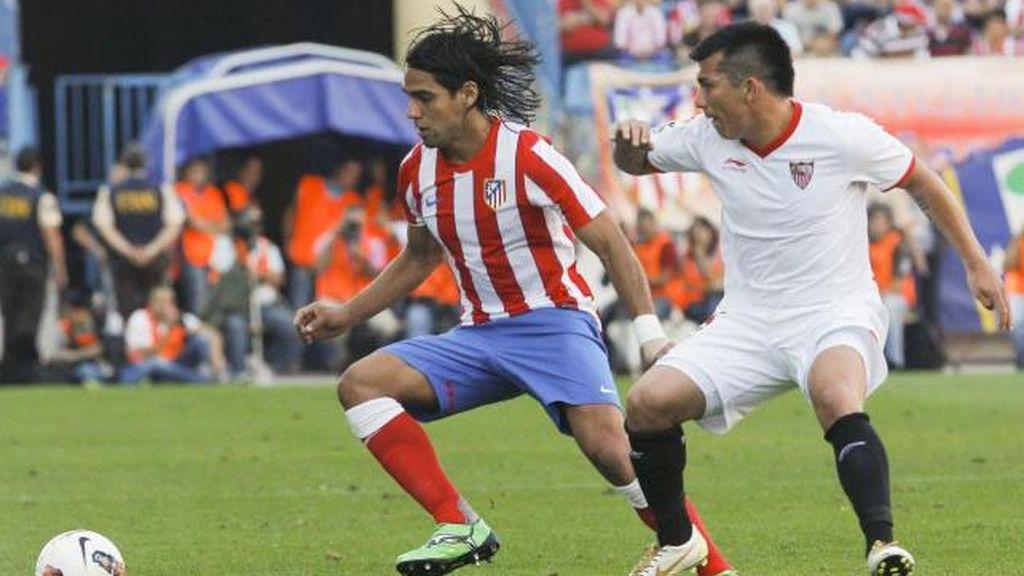 El Atlético y el Sevilla luchan por un puesto en la final de la Copa del Rey