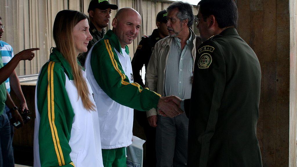 Sánchez y Marlaska se encuentran ya en la Embajada española en Bogotá