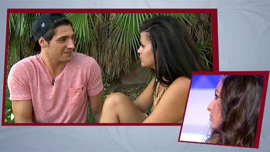 Lola le confiesa que siempre tiene problemas con todas las chicas