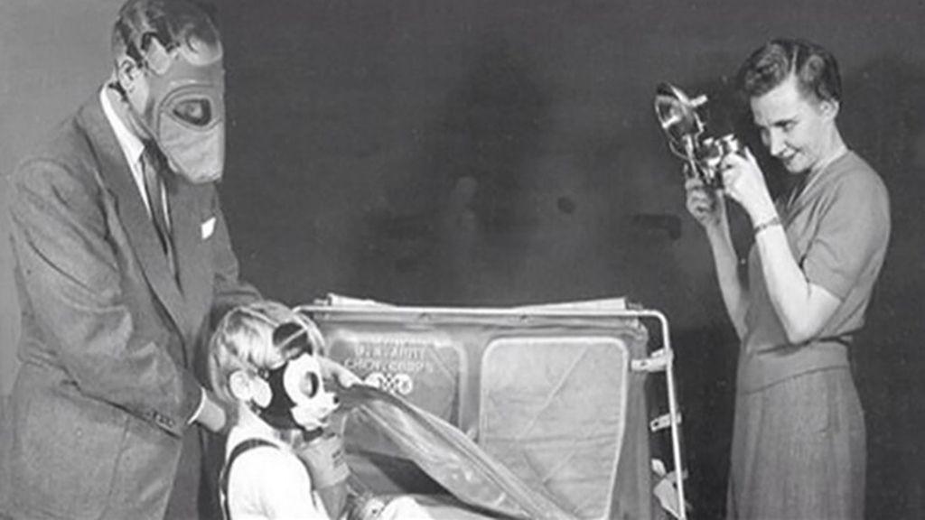 Máscaras antigás de Mickey Mouse creadas por Disney en la Segunda Guerra Mundial