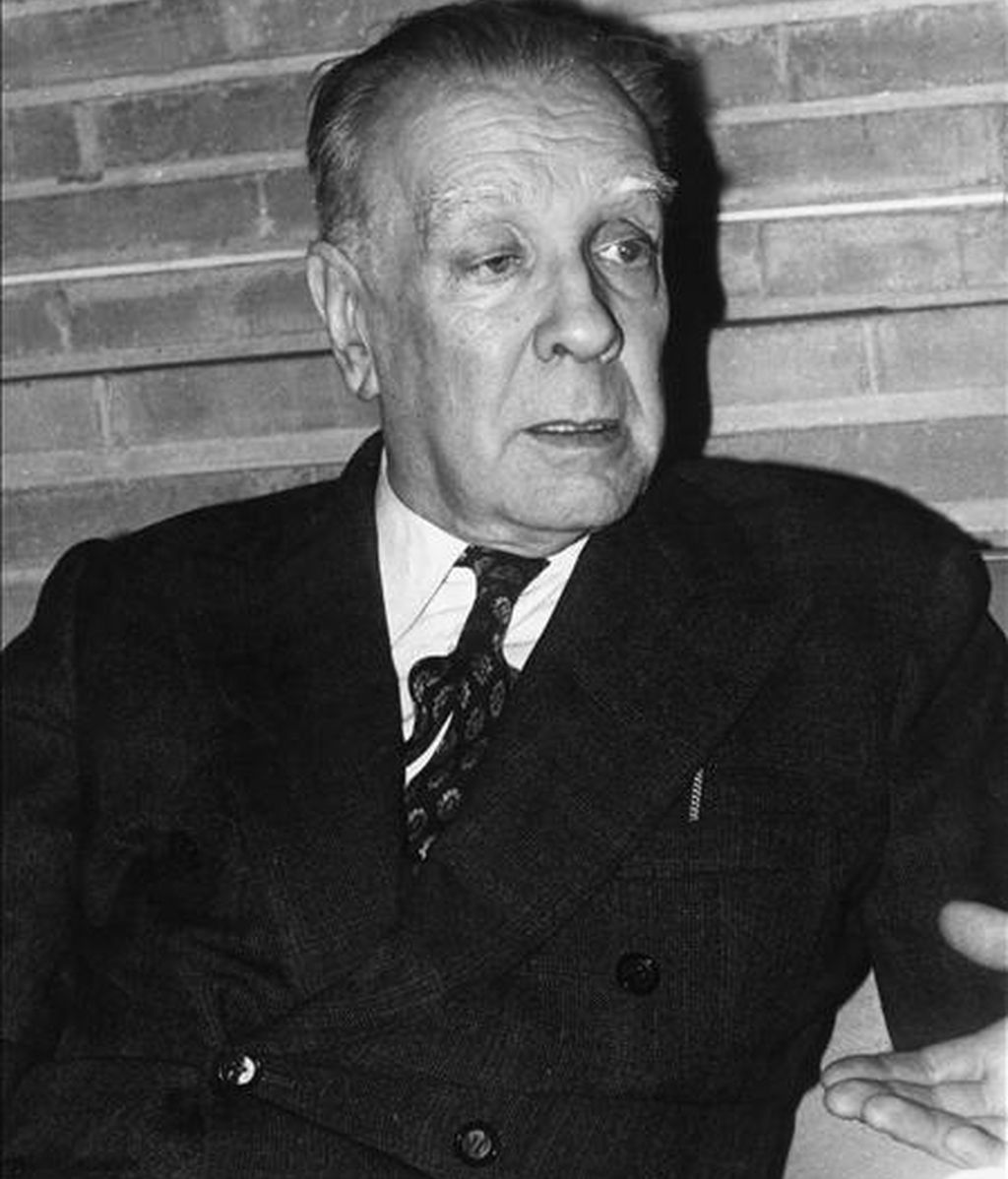 Fotografía de archivo fechada el 24 de abril de 1973 en Madrid del escritor argentino Jorge Luis Borges. EFE/Archivo