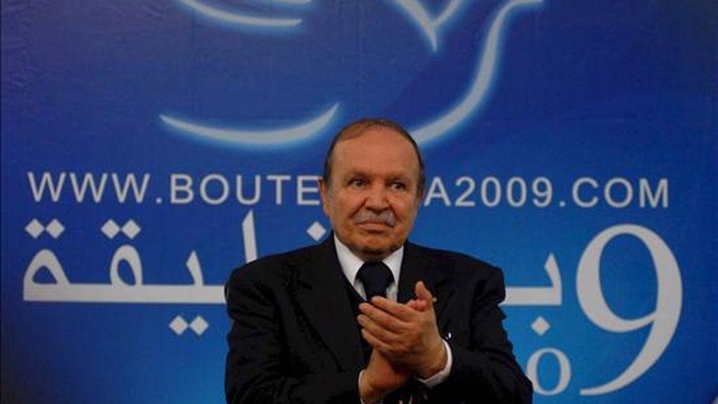 El presidente de Argelia y candidato a la reelección, Abdelaziz Bouteflika, pronuncia un discurso durante un mitin electoral en Guelma, Argelia. EFE