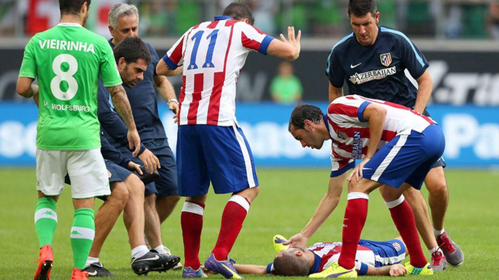 Mario Suárez, trasladado a un hospital por un traumatismo craneoencefálico