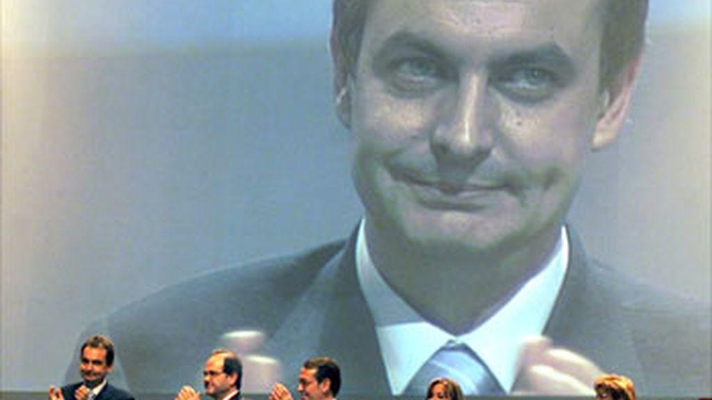 Se cumplen diez años de la elección de Zapatero como secretario general del PSOE