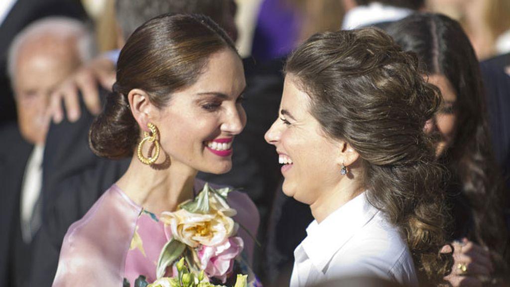 Eugenia Silva y Mafalda Muñoz, radiantes
