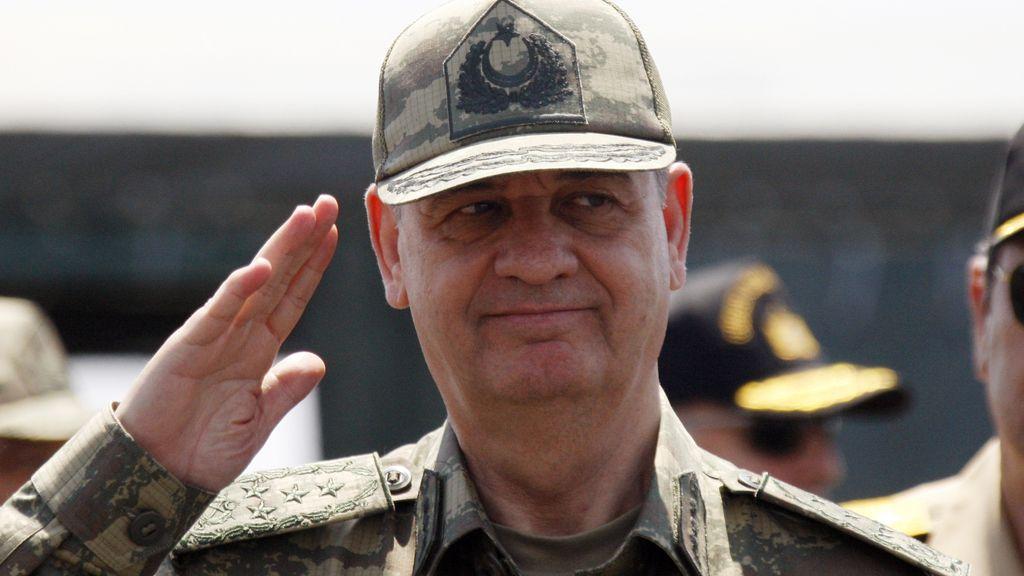 El antiguo jefe del Estado Mayor turco, Ilker Basbug